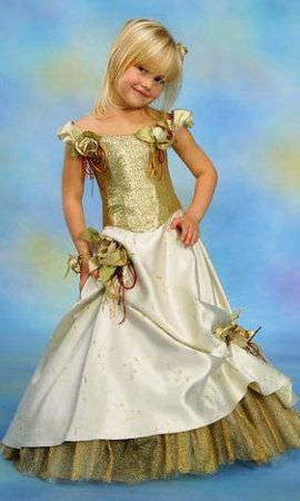 Дитяча вечірня сукня