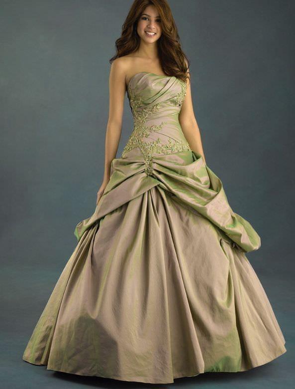 Стильні бальні сукні 45 фото
