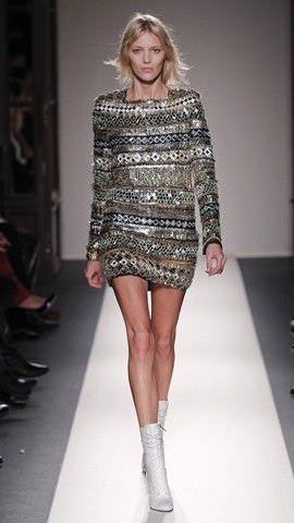 Модні плаття 2012: актуальні тканини і кольори.