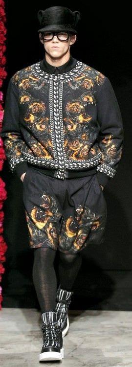 Чоловічі куртки 2012 повернення денима