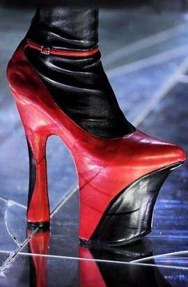 Жіноче взуття - найнеймовірніші ідеї в історії  324381efbc1cb